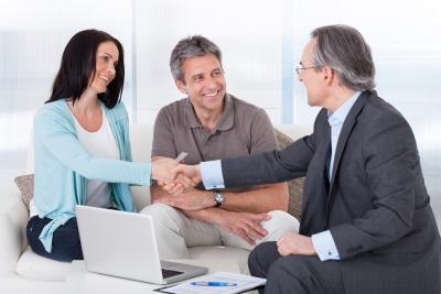 В каком случае потребуется согласие супруга на дарение квартиры?