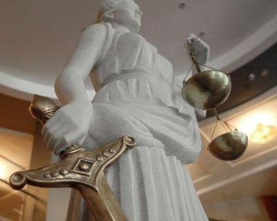 Выписать по решению суда документы