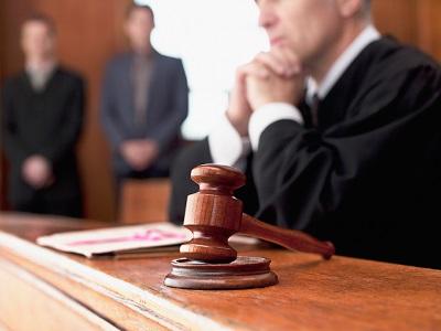 Выписка из квартиры через суд: основания и причины
