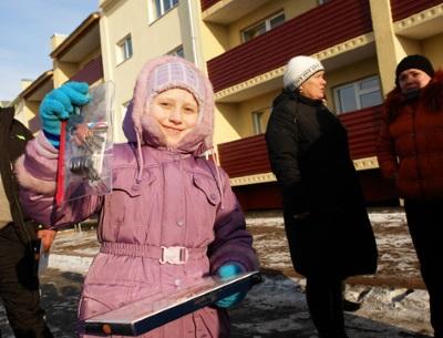 Как оформить договор дарения доли квартиры родственнику?