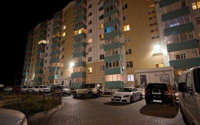Изображение - Освещение двора многоквартирного дома osveschenie_mnogokvartirnyh_domov_2_15174509-400x251