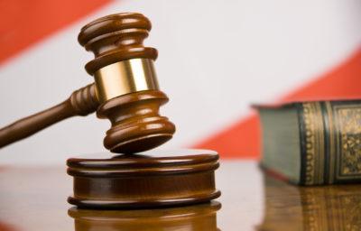 Имеет ли право ТСЖ вывешивать списки должников? Как бороться с задолженностью неплательщиков? Взыскание долгов