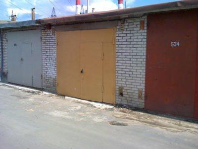 garazh 19 15195417 400x300 - Стоит ли снимать гараж